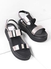Sandales à fond plat métallique en cuir