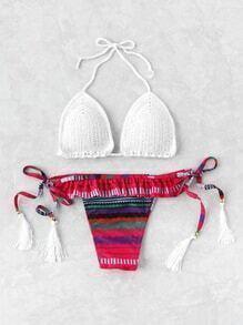 Bikini en crochet avec des franges et des plis