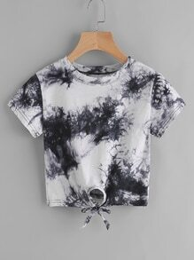 Tee-shirt aquarelle avec des nœuds