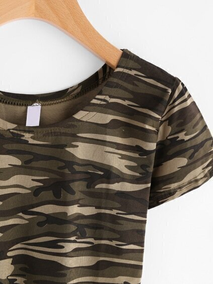 Romwe / Camo Print Crop Tshirt