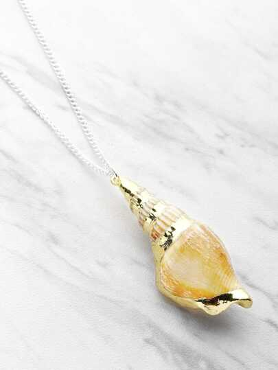 Cowrie Shell Design Delicate Pendant Necklace