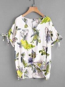 Bluse mit abgerundtem Saum, V-Ausschnitt, Blumenmuster und Schleife