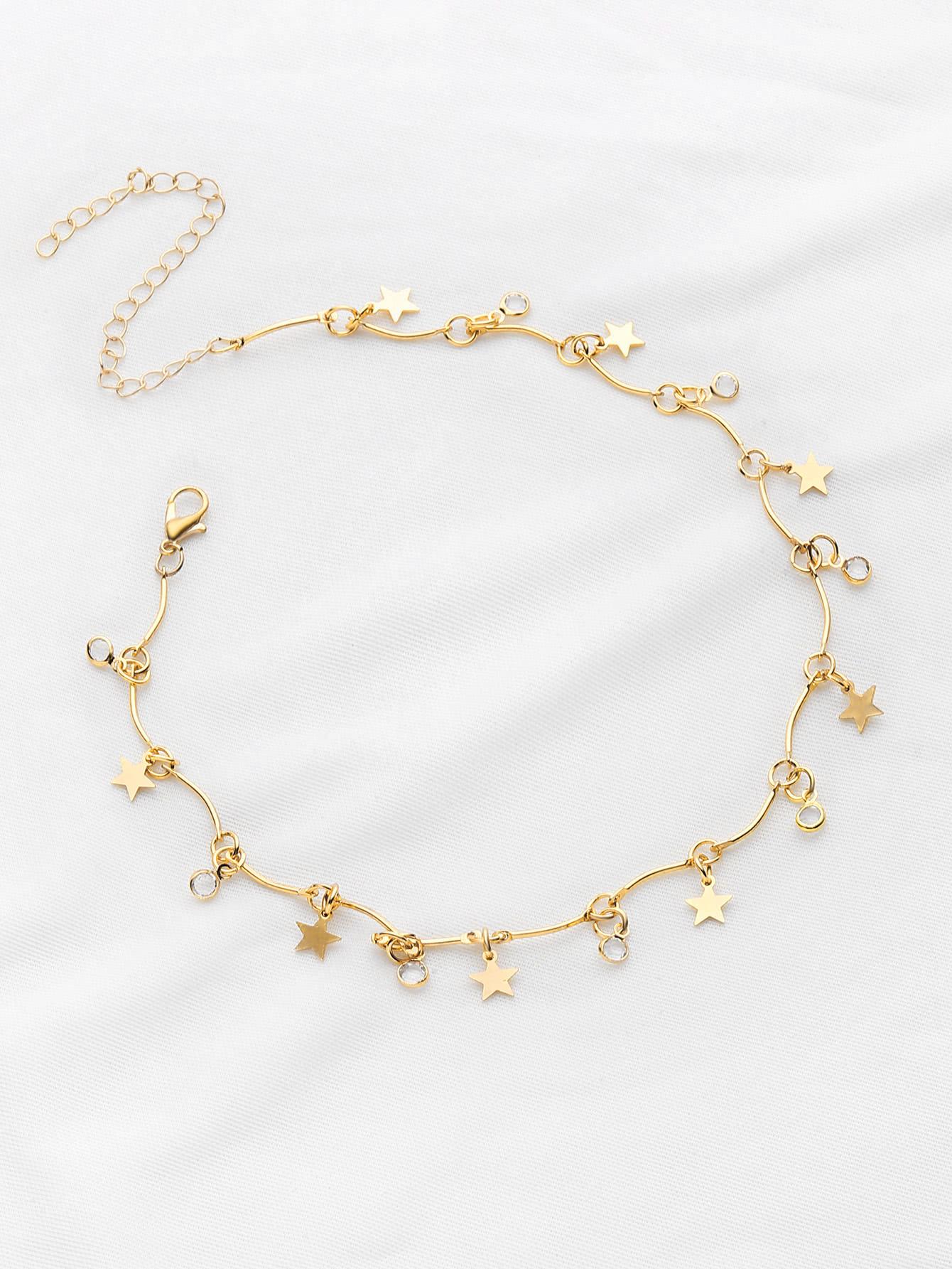 Star Detail Choker Necklace