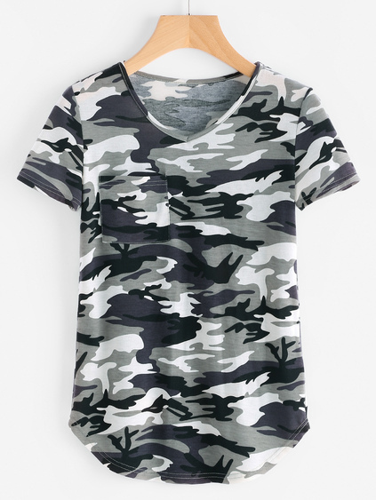 Pocket Front Curved Hem Camo T-shirt