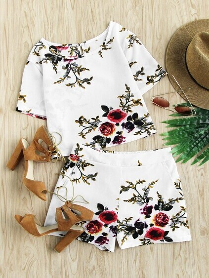 Floral Print Random Keyhole Back Top With Shorts