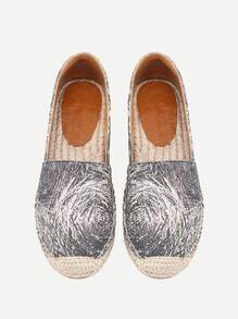Chaussures de toile imprimées de la figure