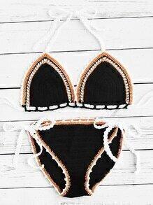 Ensemble de bikini en crochet avec un lacet