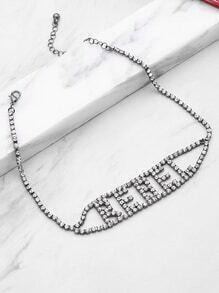Collier de conception de lettre avec strass
