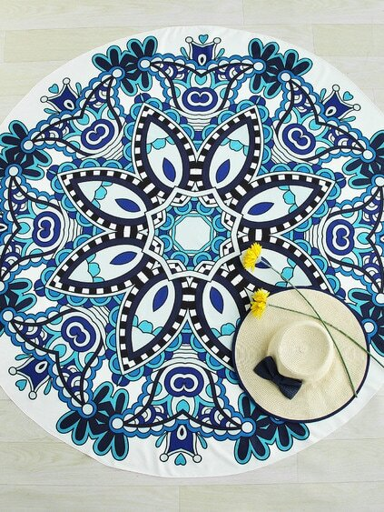 Geometric Flower Print Round Beach Blanket