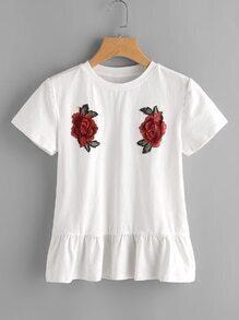 T-Shirt mit Raffung und Rosestickereien