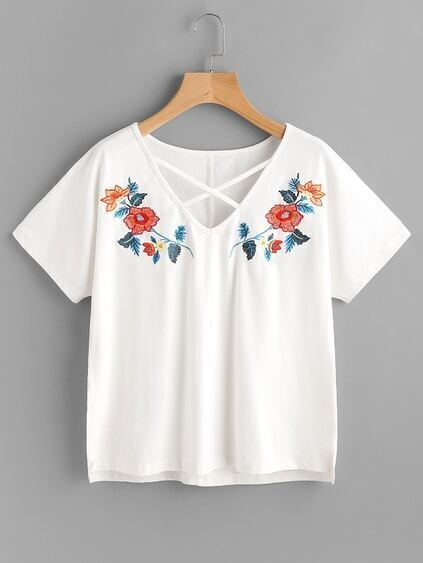 Crisscross Neck Symmetric Embroidery Stepped Hem Tee