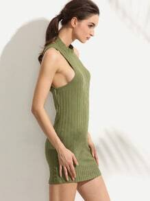 Green Sleeveless Cross Sheath Dress