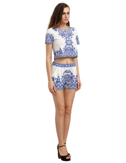 f7fd7edf08882c Blue White Short Sleeve Floral Crop Top With Shorts | ROMWE