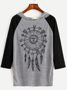 Color Block Drawing Print Raglan Sleeve Hooded T-shirt
