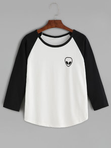 Black Alien Print Raglan Sleeve Curved Hem T-shirt
