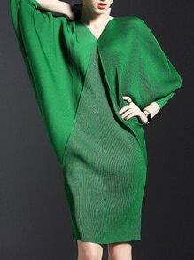 Green V Neck Backless Batwing Sleeve Knit Dress