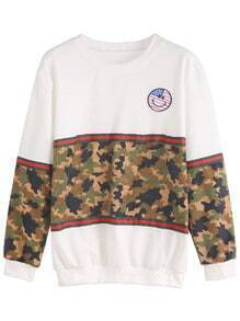 Contrast Camo Print Embroidered Patch Sweatshirt