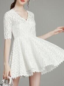 White V Neck Mesh Zigzag A-Line Dress