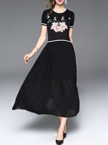 Black Flowers Embroidered Pleated A-Line Dress