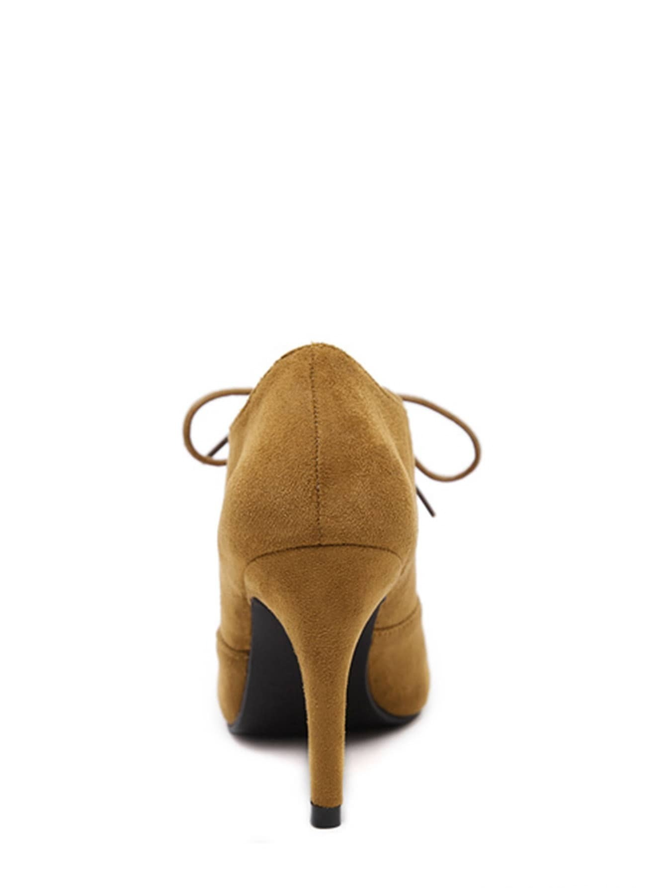 Chaussures talon en su dine bout cape avec lacet brun for Acheter maison suede