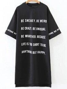 Vestido asimétrico con estampado de letras - negro