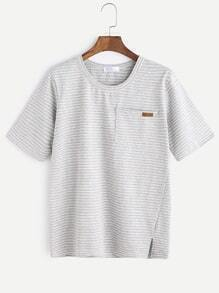 Camiseta de bolsillo de hebilla rayada gris rayado