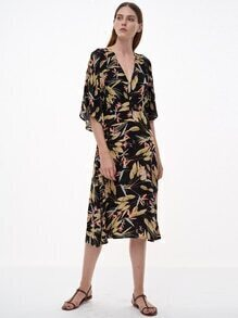 Black Printed V Neck Elbow Sleeve Dress