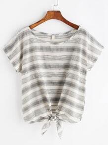 Nadelstreifen geknotetes T-Shirt