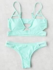 Set bikini sexy con diseño de abertura - verde