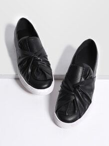 Black Twisted Casual PU Flats