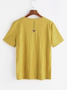 Camiseta con bordado de corazón