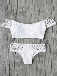 Sets de bikini con hombros descubiertos y abertura
