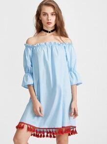 Blau aus der Schulter Fringe Hem Kleid