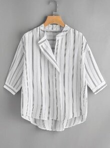 Bluse mit vertikalen Streifen