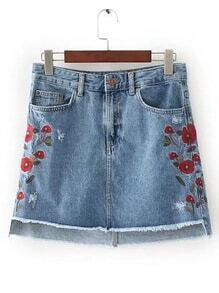 Falda en denim irregular de borde crudo