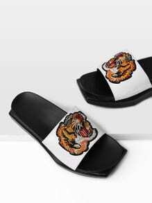Tiger Embroidery PU Flatform Sandals