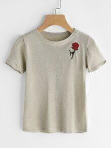 Tee-shirt brodé des roses
