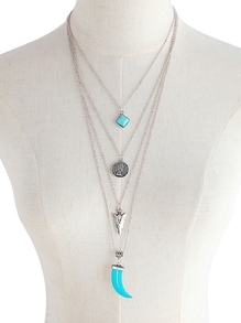 Contrast Pendant Layered Necklace