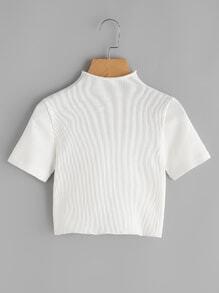 Camiseta corta de canalé de cuello alto