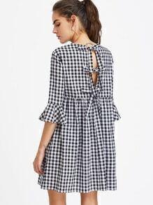 Kleid mit Schleife, hoher Taille und Flötenhülsen