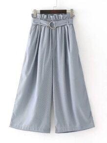 Pantalons jambe large avec une ceinture