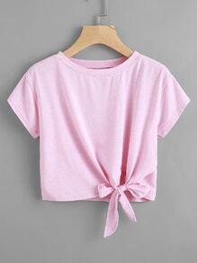 T-Shirt mit Knoten auf den Seiten