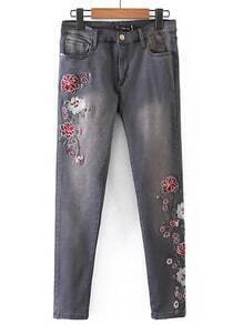 Flower Embroidery Ankle Jeans