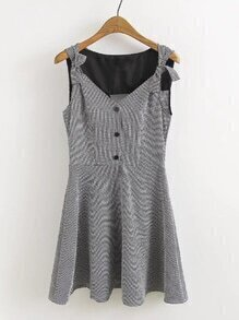 V Cut Back Gingham Pleated Dress With Bow